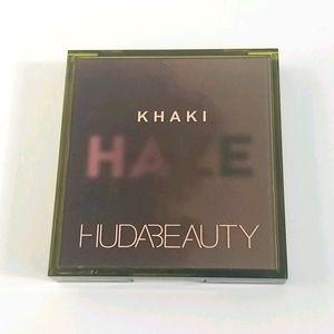 Huda Beauty Khakhi Haze obsessions palette